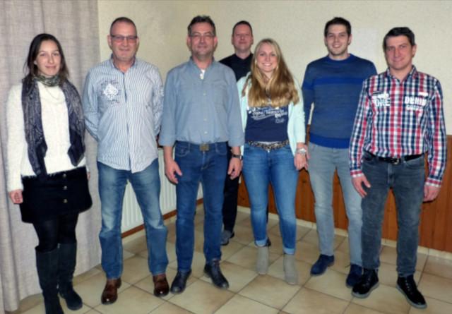 (v.l.) Nicole Weber, Helmut Adams (2. Vorsitzender), Reiner Hürter (1. Vorsitzender), Christian Doumen, Alina Rübenach, Christian Glees und Bernd Schommer